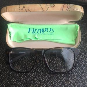 Accessories - Firm eyeglasses  aupont sney brand new